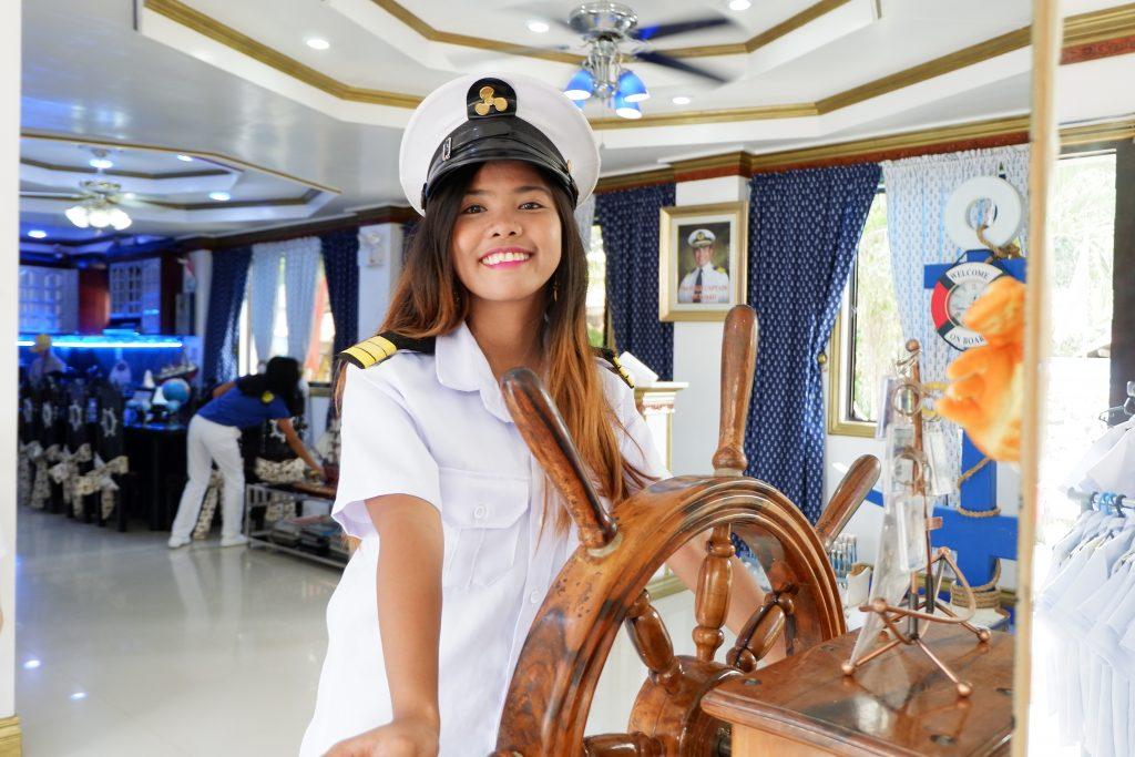 "ALT=""shiphaus bohol travel guide for one day"""