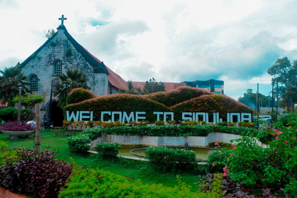 "ALT=""siquijor travel guide and its welcome signage"""