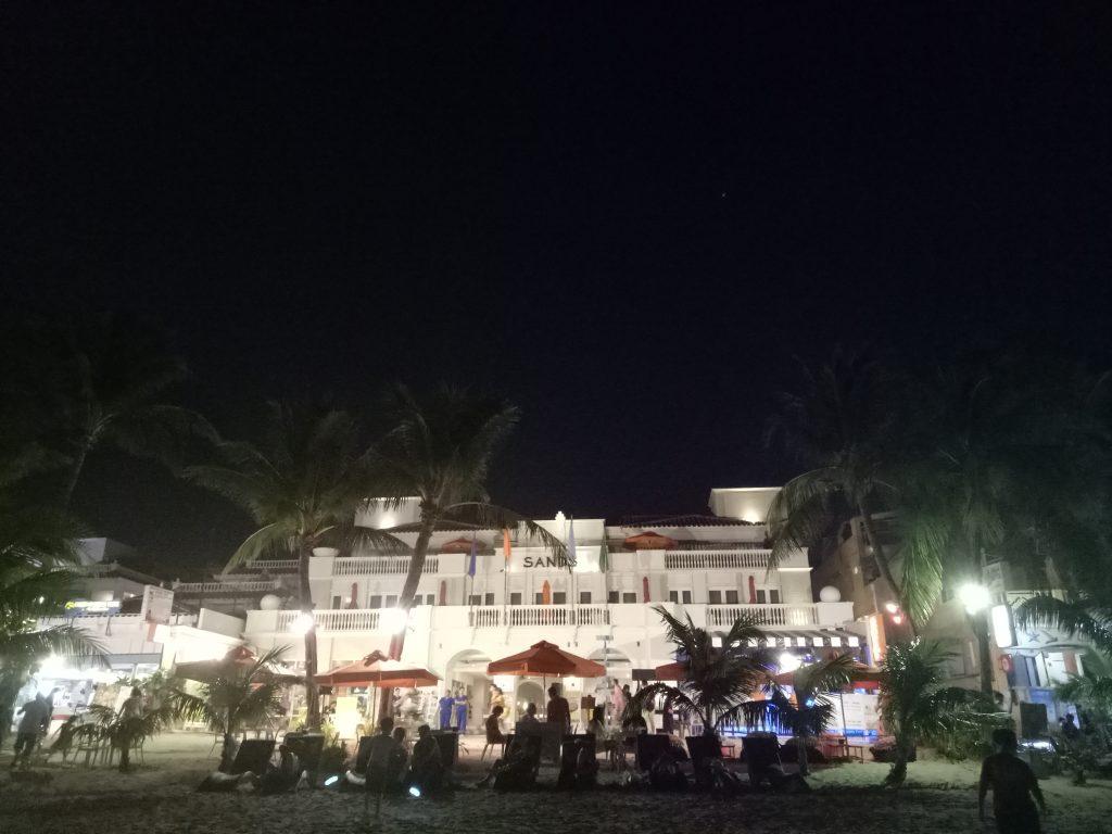"ALT=""night life in boracay island panay travel"""
