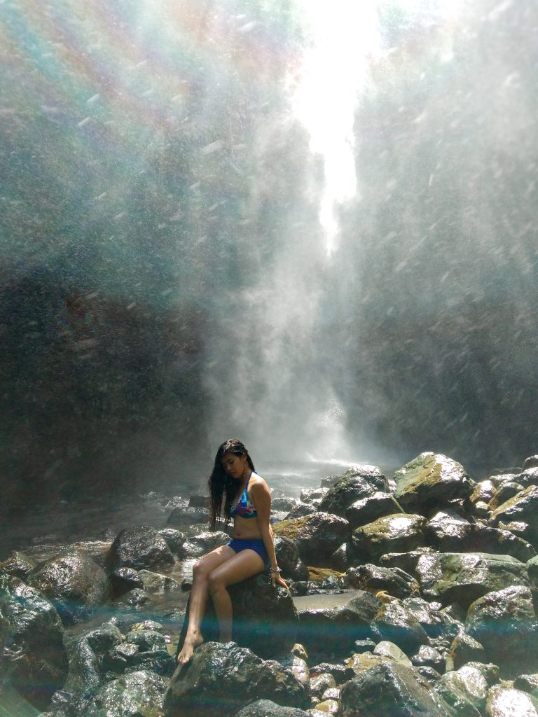 "ALT=""baler travel guide and the grandmother falls"""