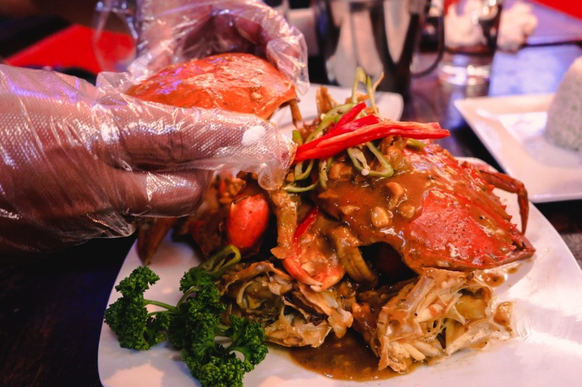 "ALT=""southside grill and its tasty crabs with chili sauce"""