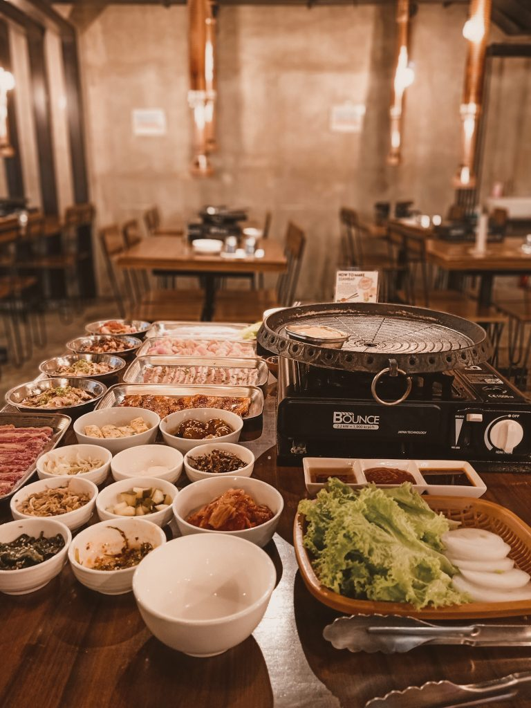"ALT=""hyeong won restaurant and the all eat you can korean meat"""