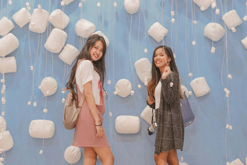 "ALT=""marshmallows room with my best friend"""