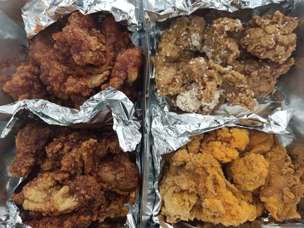 """ALT=""""24 chicken manila and the four types of chicken flavors"""""""