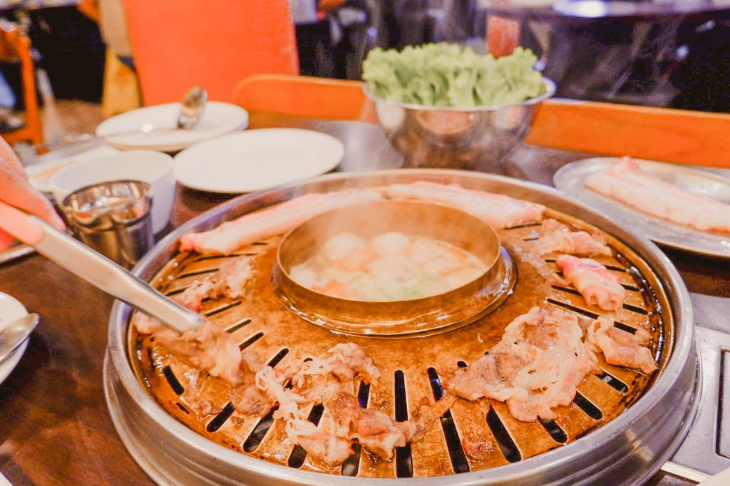 """ALT=""""go kizip restaurant with unlimited beef and hotpot"""""""