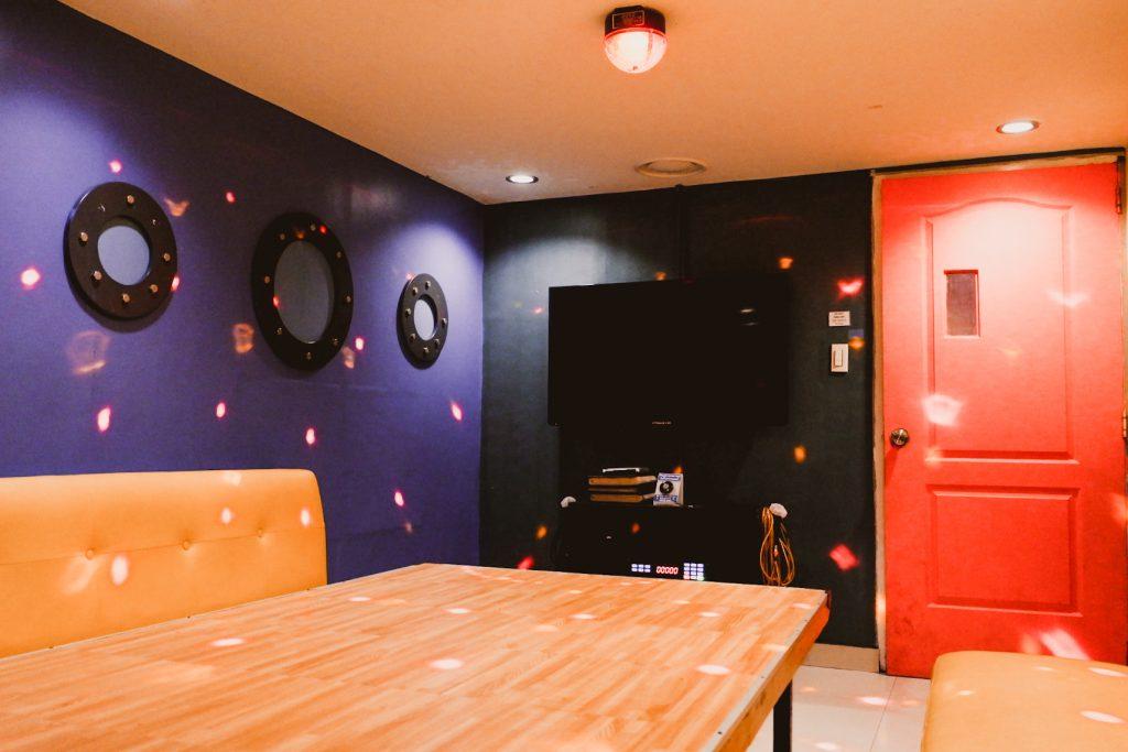 """ALT=""""ktv room and korean restaurant in malate manila"""""""