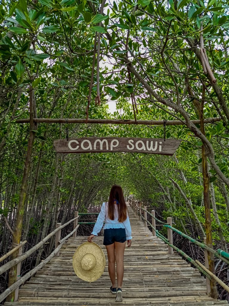 "ALT=""bantayan island and camp sawi at sta fe town"""
