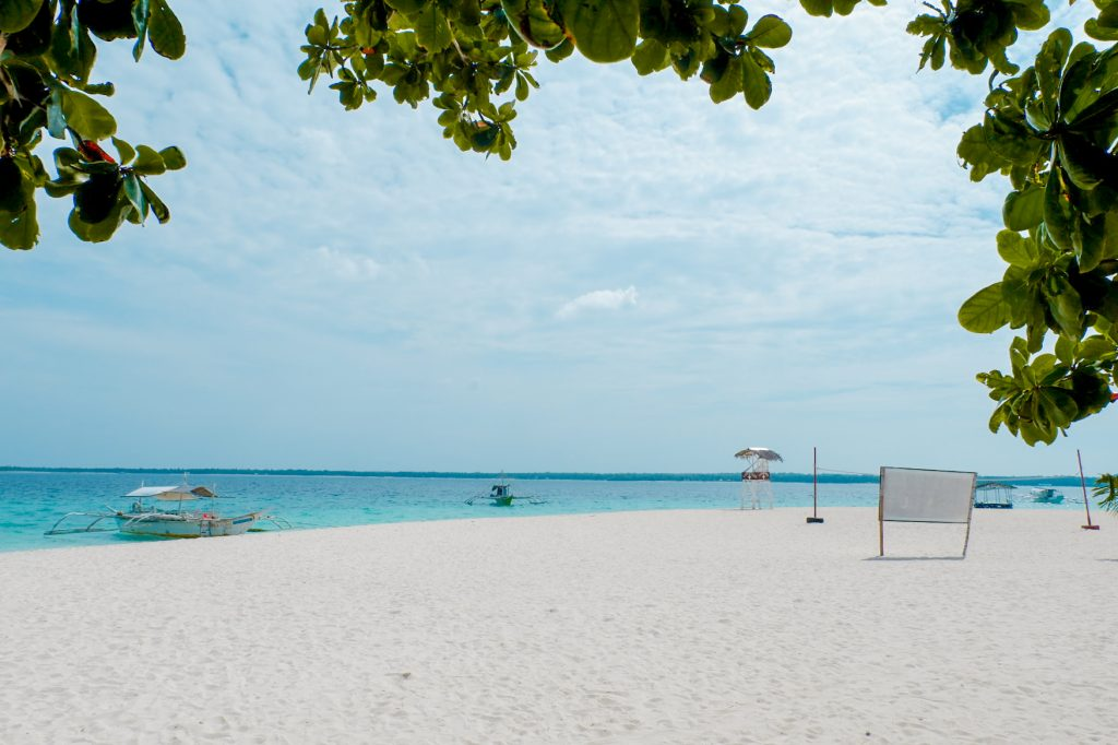 "ALT=""the beautiful virgin island on bantayan island cebu"""