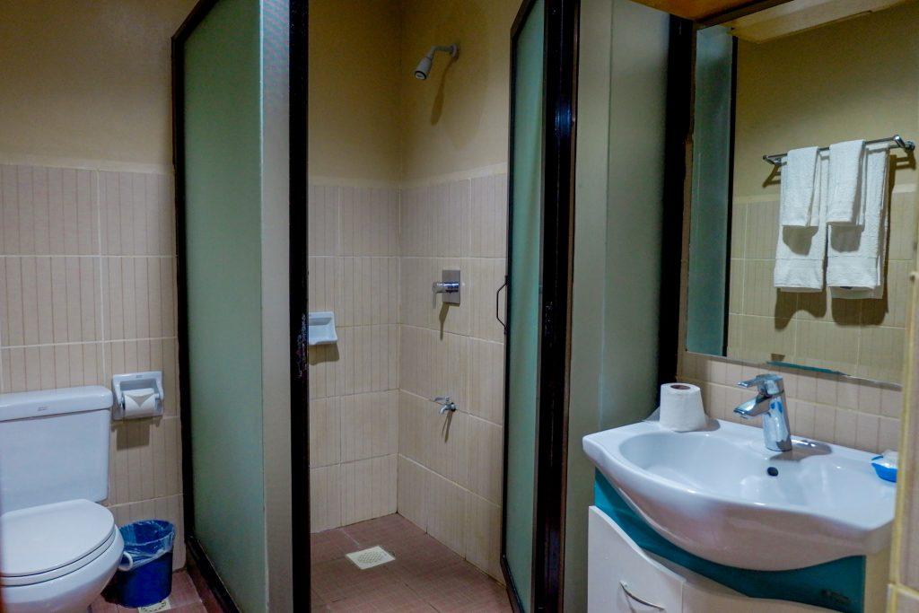 "ALT=""bathroom area palmbeach resort cebu"""