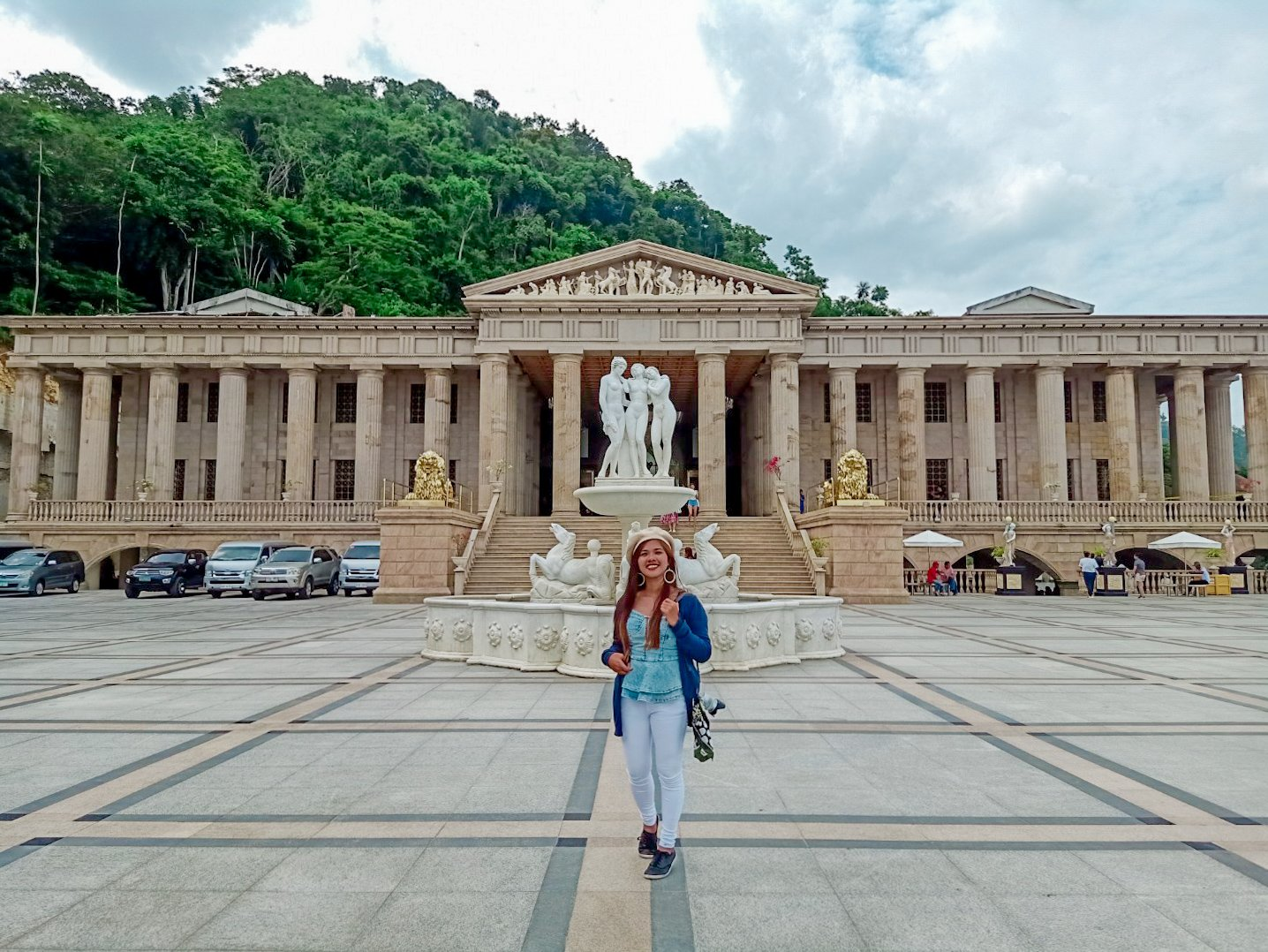 "ALT=""cebu travel guide and the temple of leah"""