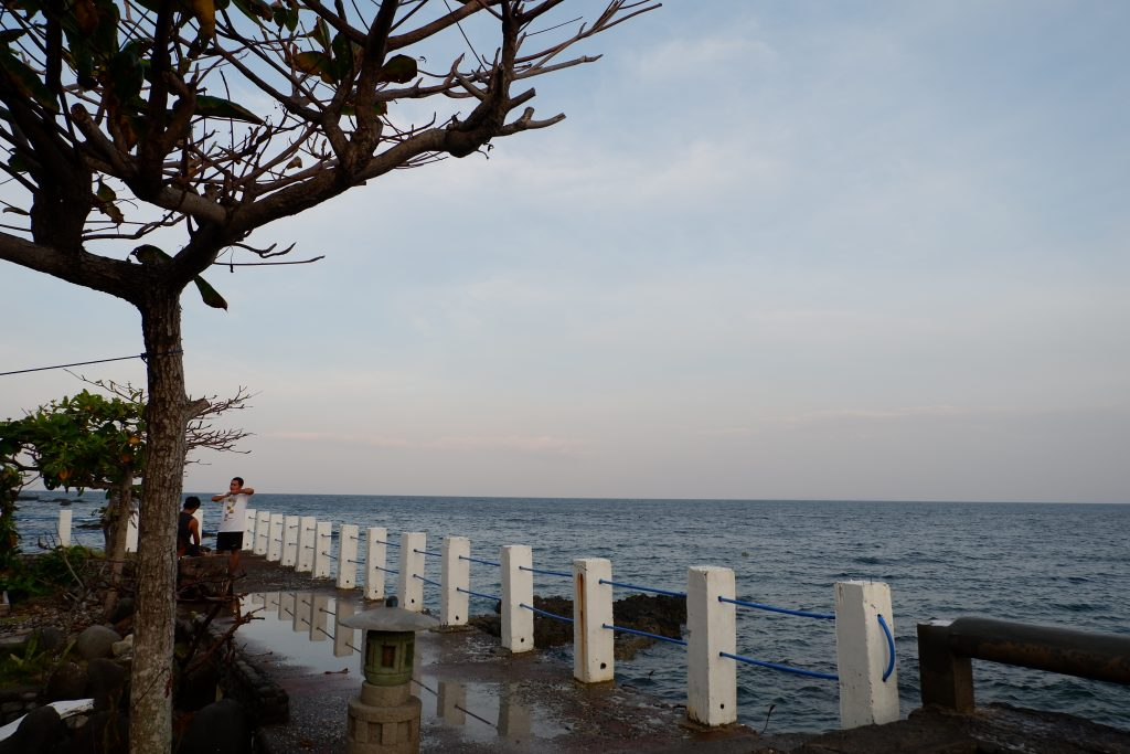 "ALT=""batangas resort with good sunset"""