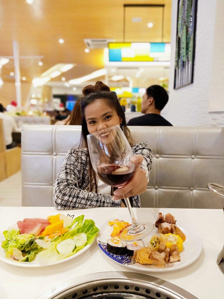 "ALT=""fine dining restaurant uptown mall"""