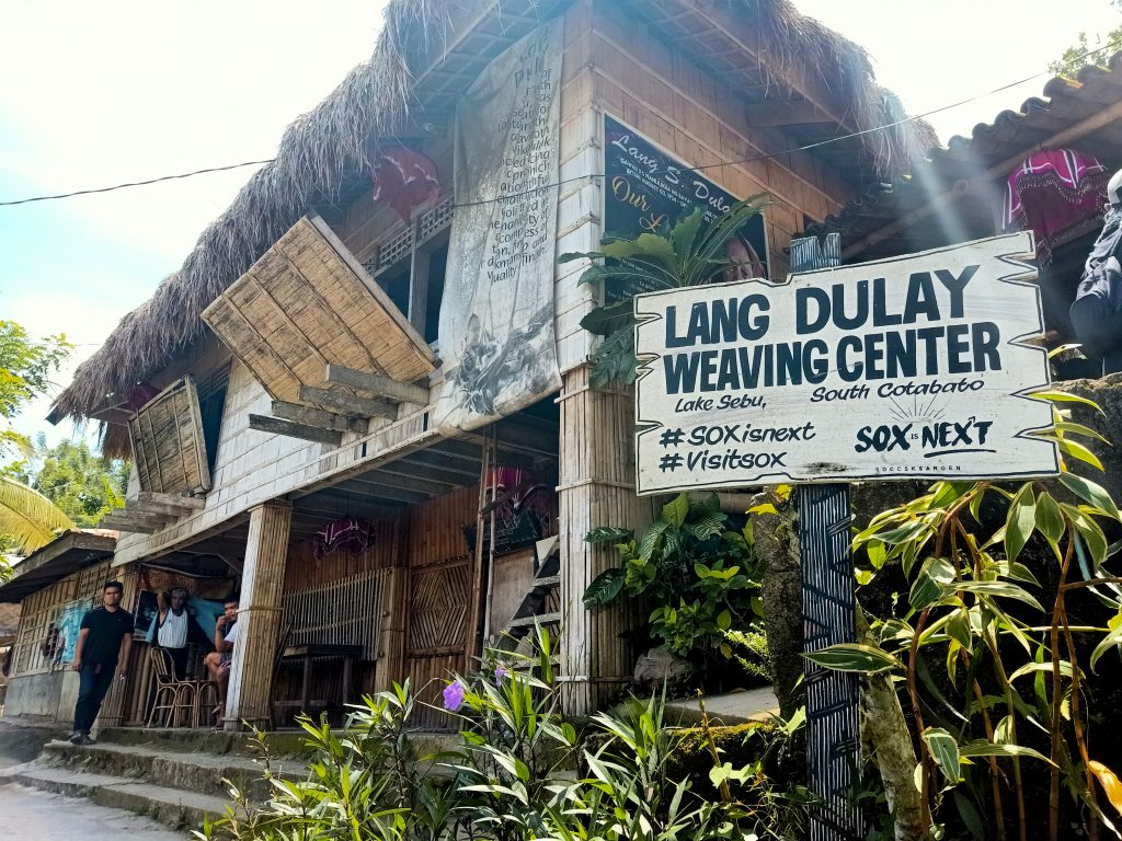 "ALT=""weaving center south cotabato sox"""