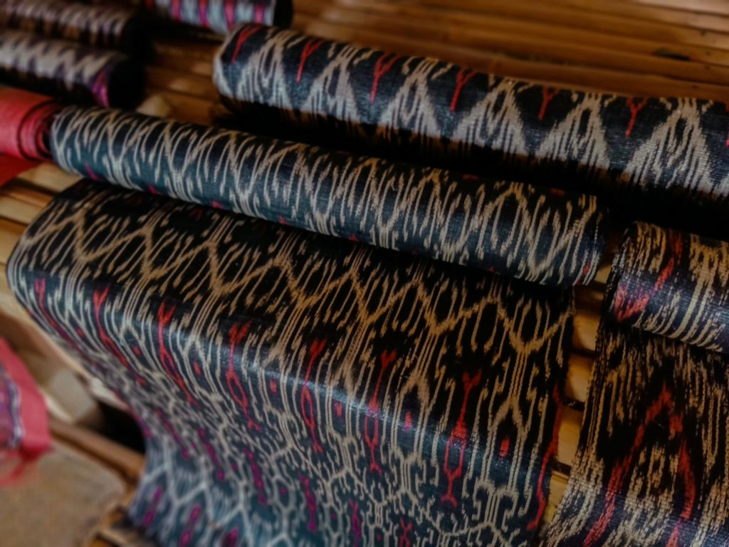 "ALT=""tnalak clothing south cotabato travel guide"""