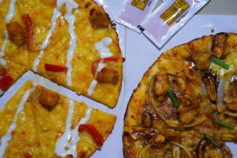 charlie chan and hot mix pizza