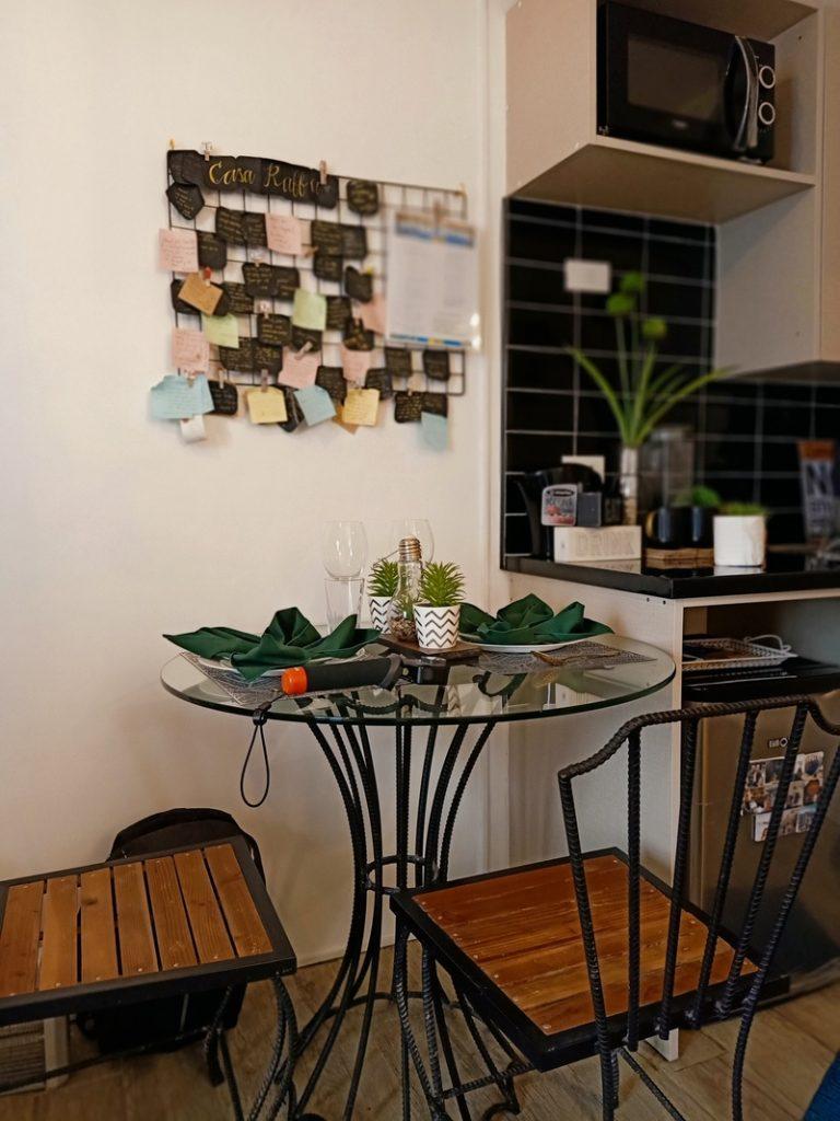casa raffa kitchen area